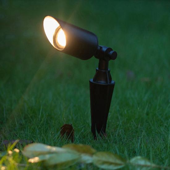 đèn cắm cỏ sân vườn